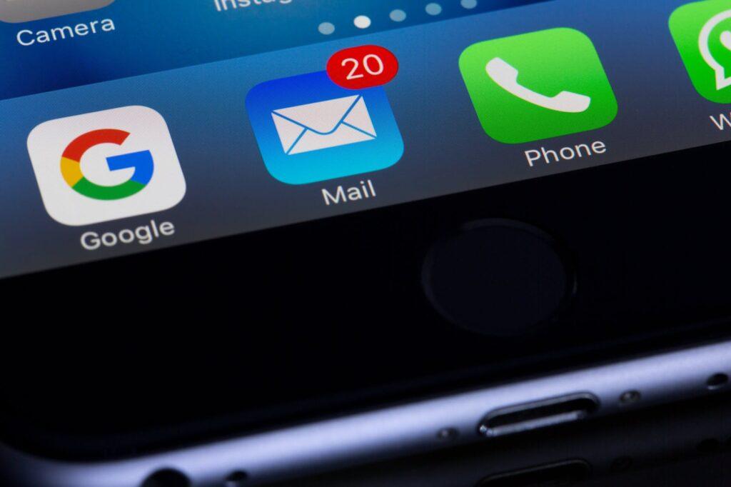 Escribe emails en frío para captar nuevos clientes
