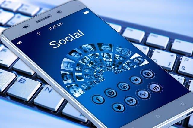 The dilemma of social media in marketing