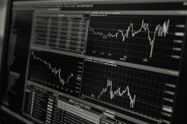 analizar el rendimiento de la estrategia con KPI's