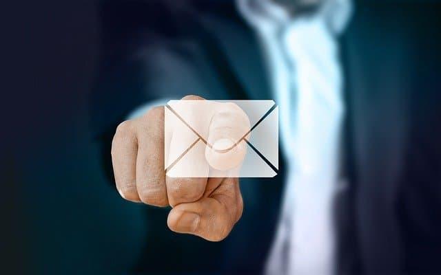 l'email màrqueting implica una alta taxa de conversió, aprofitar-ho amb tècniques de venda com el upselling i el cross-selling